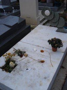 sulla tomba di Borges ci sono le frasi in inglese antico, yawn.